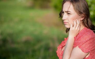 Quando devo começar a me preocupar com a perda auditiva?